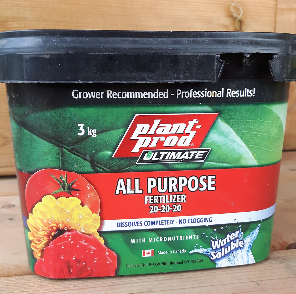 Learn hot to choose the best fertilizer for vegetables and flowers and what the numbers on fertilizer mean.