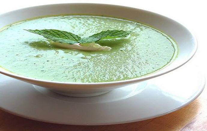 Špenátová polévka z cukety recept