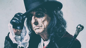 """Alice Cooper Releases Card Game """"HorrorBox"""" To Haunt This Holiday Season"""