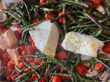 RECIPE: One Pan Salmon & Sea Bass with Roasted Green Beans and Tomatoes