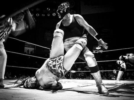 La lucha libre mexicana: historia de uno de los deportes más emblemáticos del país.