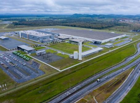 Fábrica do BMW Group em Araquari comemora seis anos