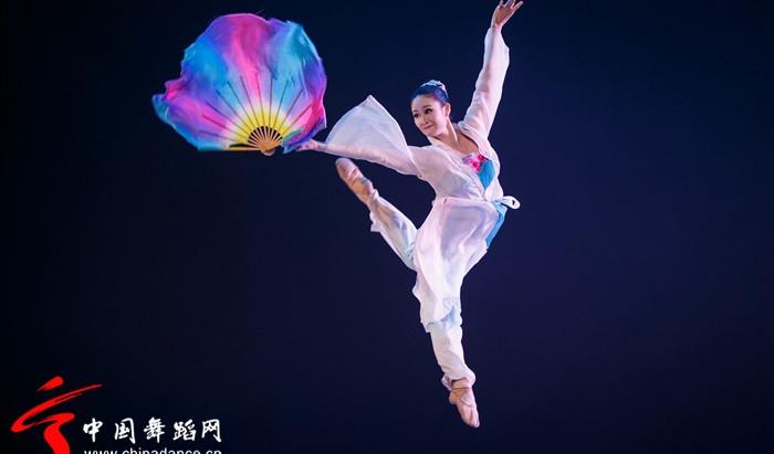 中国古典舞中旋转与翻身的重要作用和认识