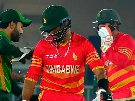 زمبابوے نے پاکستان کو تیسرے ون ڈے میچ میں سپر اوور میں شکست دے دی