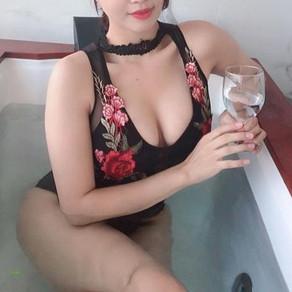 [동양야동] 동양의 아름답게 저렴한 조건녀 팬티사이로 똘똘이 밀어넣기