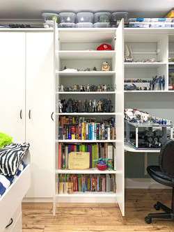 Kid's Room with Built-in Cabinets and Desk