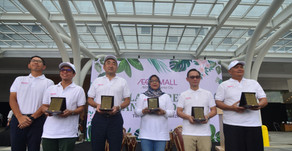 AEON MALL Sentul City Bangun Kesadaran Ekologis Masyarakat Lewat Penanaman Pohon