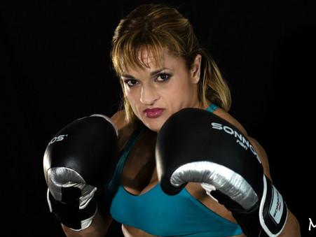 """En una pelea histórica, Alejandra ''Locomotora"""" Oliveras enfrenta a la mexicana Leslie Morales"""