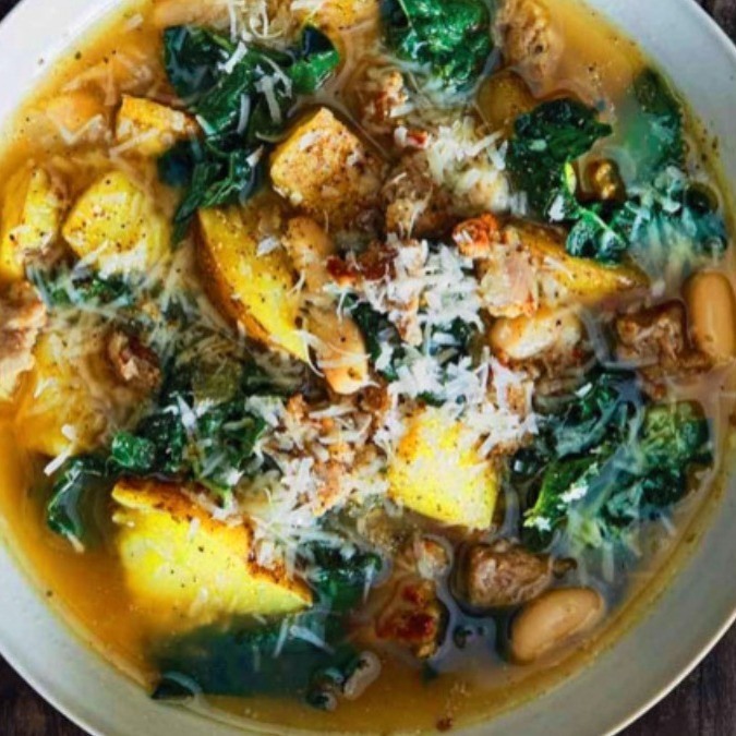 SAUSAGE, POTATO, WHITE BEAN AND KALE SOUP
