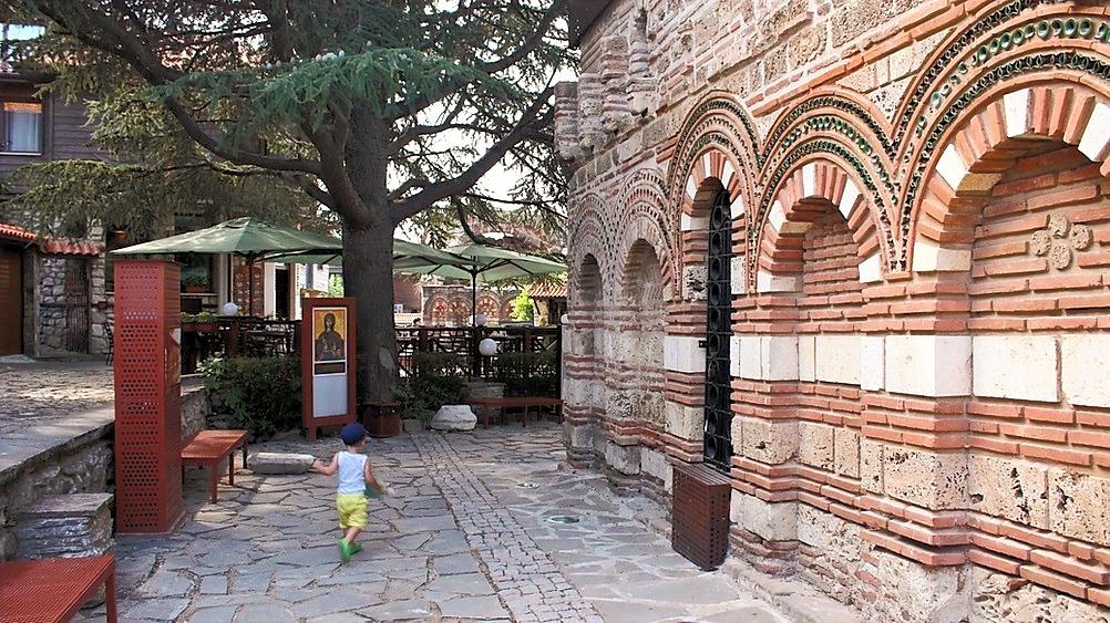 enfant Nessebar Bulgarie voyage