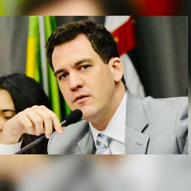 Orlando Morando e Câmara de São Bernardo extinguem Fundação Criança.