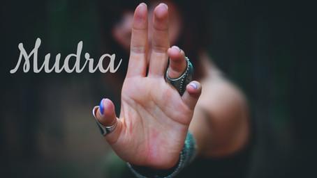 Mudra: i gesti simbolici dello yoga