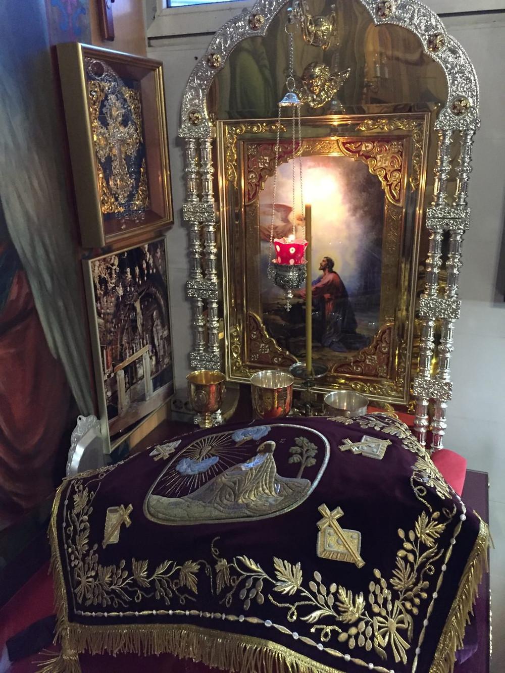 Церковная швейная мастерская Евфимия пошив священнических и монашеских облачений на заказ.