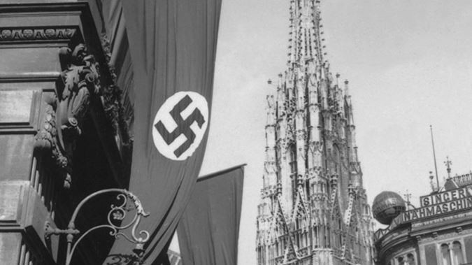 Nazi flag flying in Vienna, Austria, 1938 (Getty Images)
