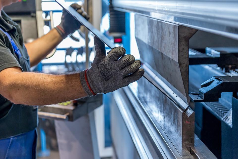 מכונת חריטה CNC