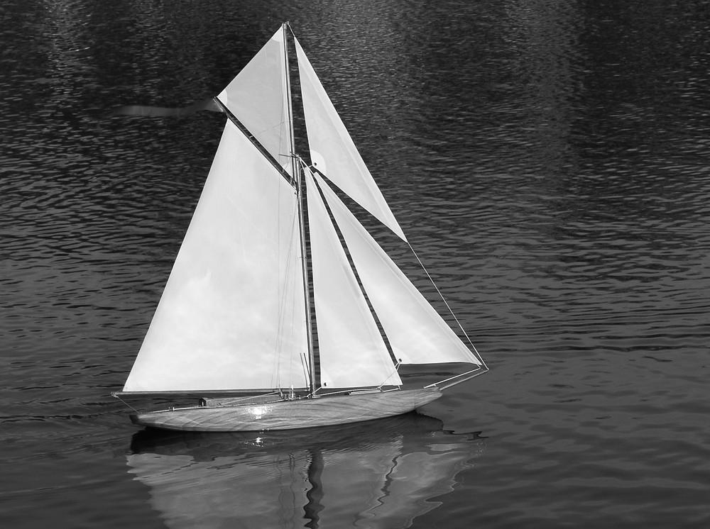 ALBAS 87 pond yacht