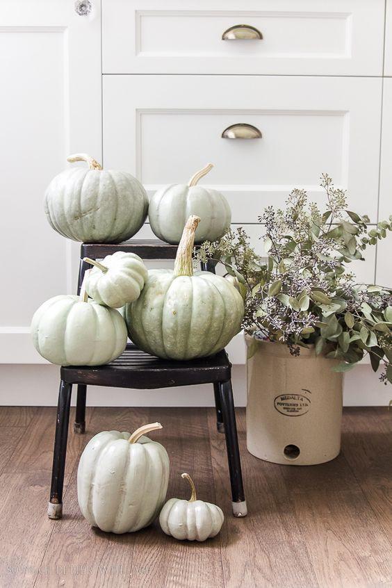 Seasonal interiors | minimalist decor | zero waste design | Design w Care