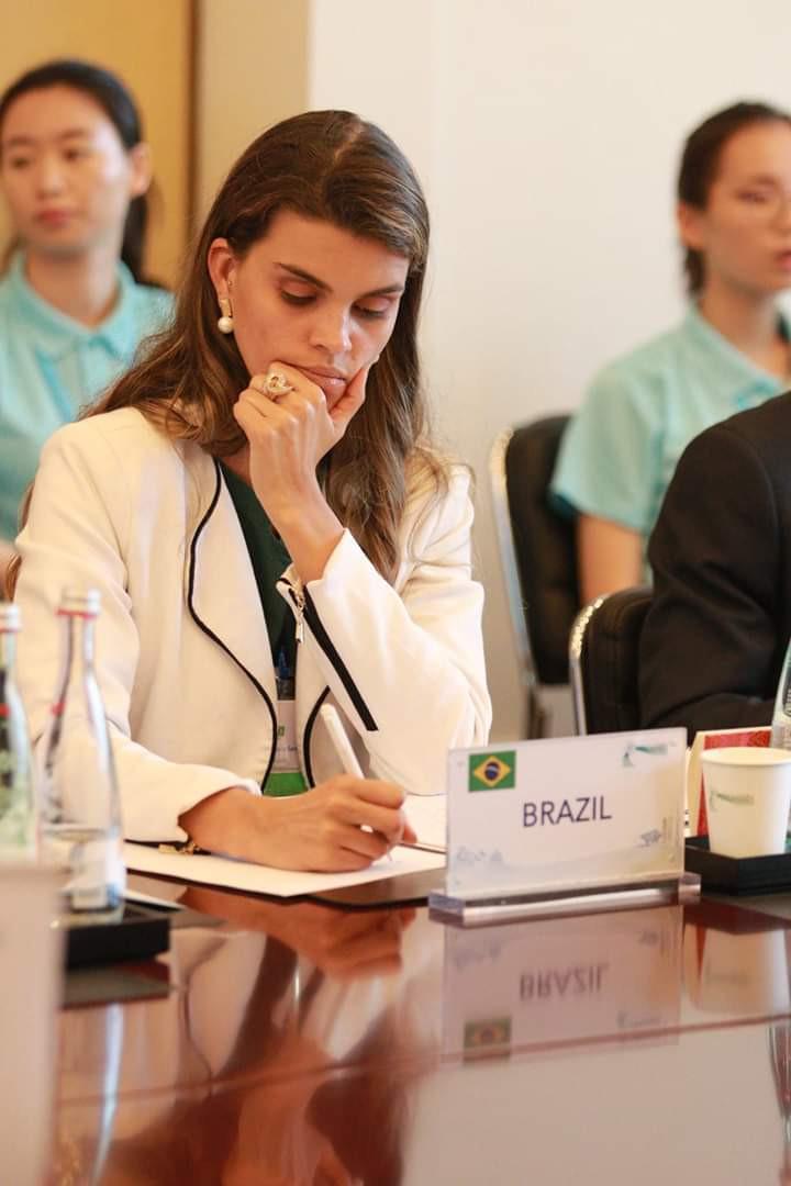 Petrina Santos representando o Brasil em Shanghai | Fonte: Acervo Pessoal