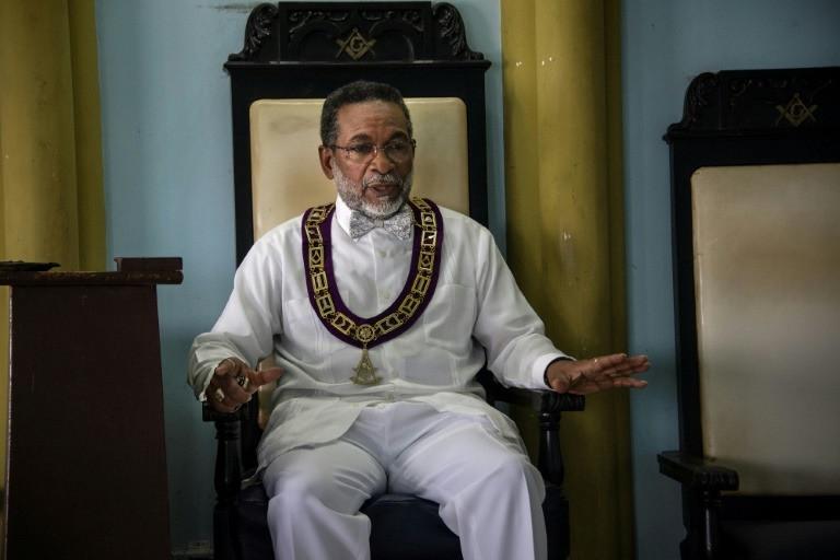 Masonería - CUBA: «Mais liberdade para as religiões e associações