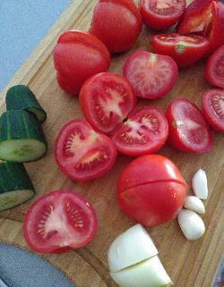 Ingrédients gaspacho light oceane Weil nutritionniste Nature recette légère tomates légumes