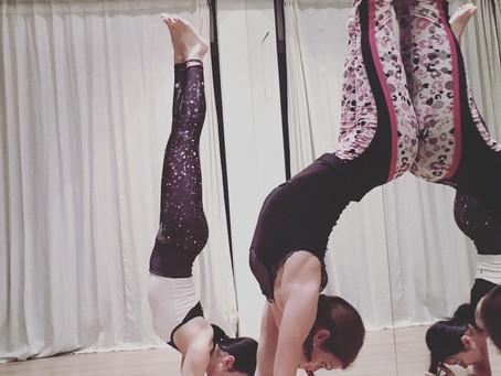 瑜伽的鍛鍊是為了讓我們有平衡的身心靈! 健康的身體!良好的呼吸品質!自在自由的心靈~展現正能量去擴散周圍環境❤️🙌🤩