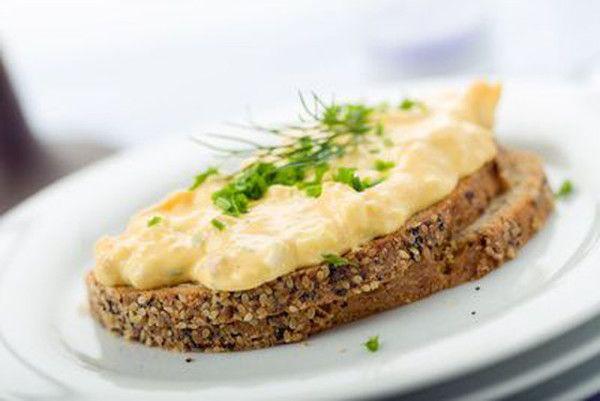 Recept na zdravou vajíčkovou pomazánku