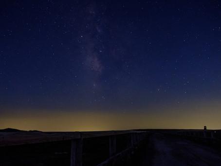 【衝撃】夜空を見て明日の天気を予想する人大体外れる説