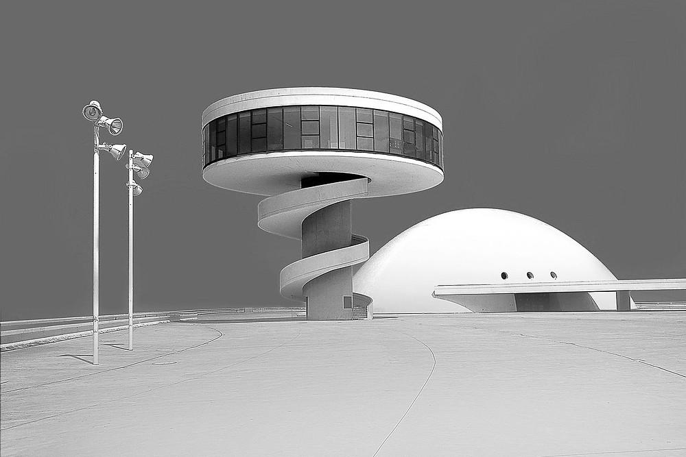 """""""Centro Niemeyer"""" Fotoğrafçı: Ulli Zupin"""