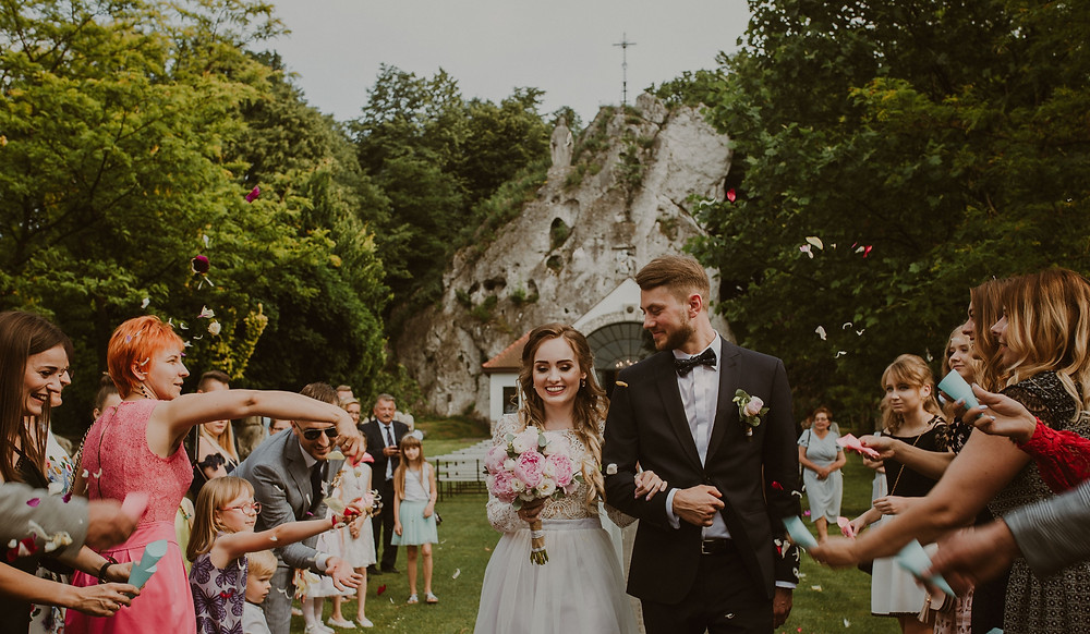 Kościelny ślub plenerowy