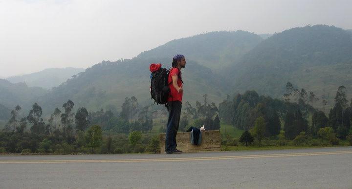 Miguel Cano durante su viaje haciendo autostop por Latinoamérica.