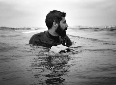 Nuno Santos aka @liquidph2oto and his art: inside water photography
