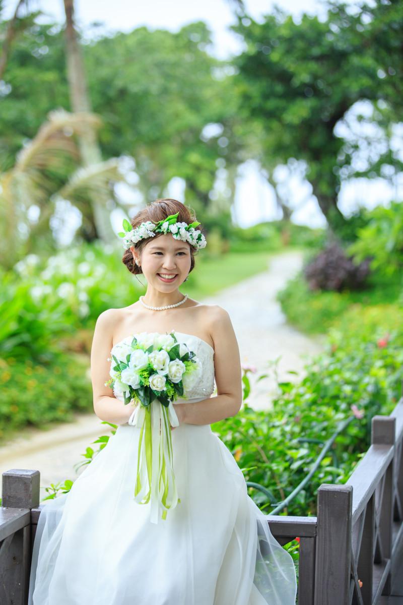 沖縄フォトウエディング ビーチフォトの花冠