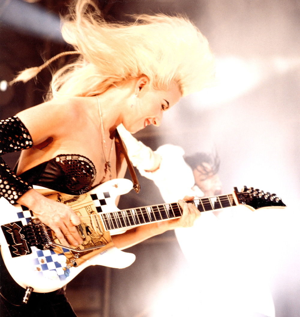 Jennifer Batten guitarist Vivaldi Metal Project