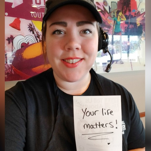 Taco Bell Cashier Has Written Hundreds of Kind Messages on Customer Receipts to Brighten Their Days