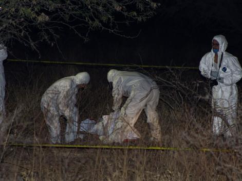#Brasil Abuelitos enterraron viva a su nuera para quedarse con los nietos