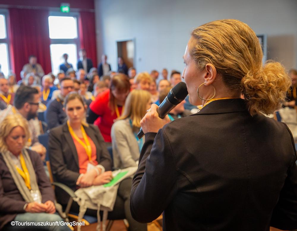 Karina von Keitz beim Branchenevent Tourismuscamp