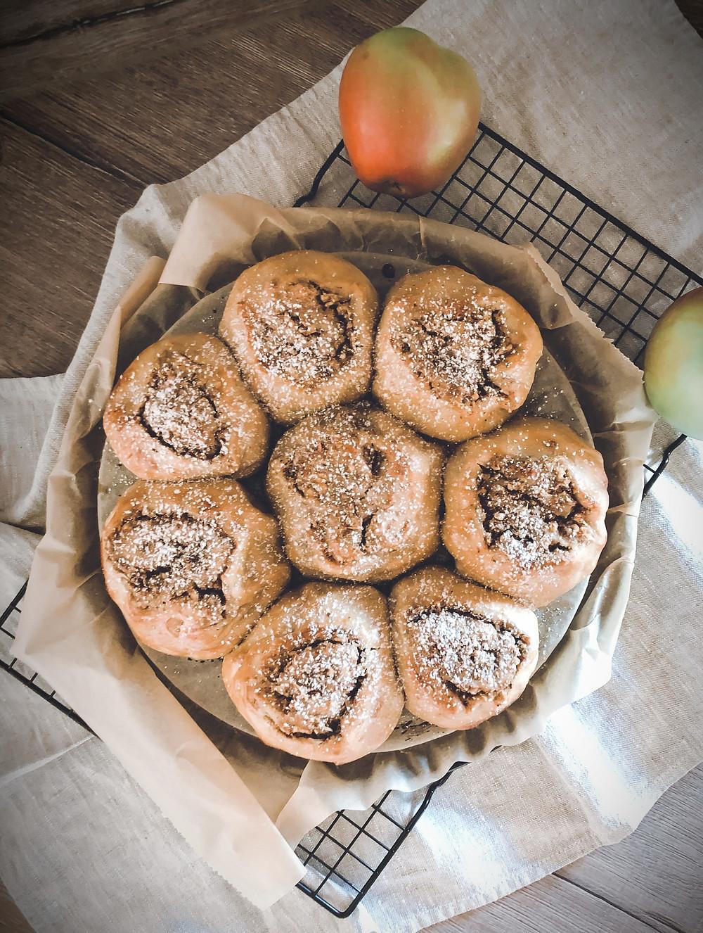 focusflowfood focus flow food Haselnuss Apfel Zimtschnecken Dinkelmehl gesund einfach lecker