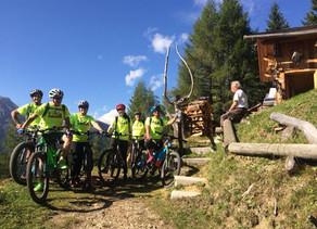 Giro guidato in E-Bike del Monte Pore 2020, alla scoperta dei profumi di Melei.
