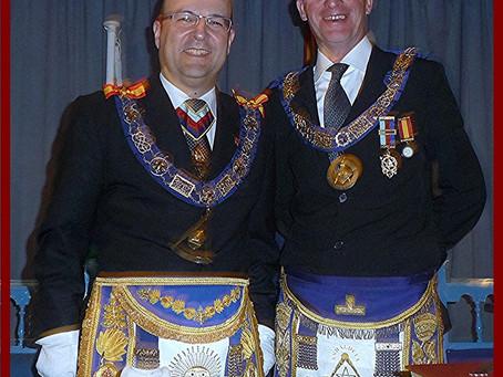 Saluda del Gran Maestro Provincial de Andalucía. Máximo responsable de la masonería andaluza.