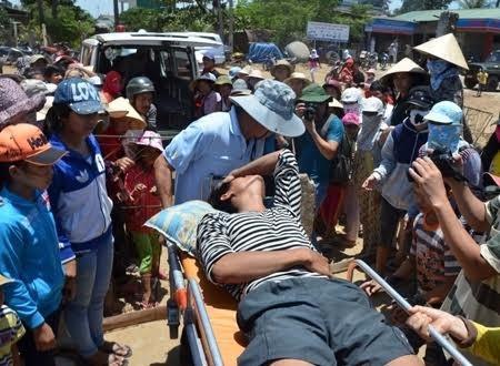 Le 30/11/2017 Encore un pêcheur vietnamien agressé dans les Spratleys, Mer du Sud-Est asiatique.