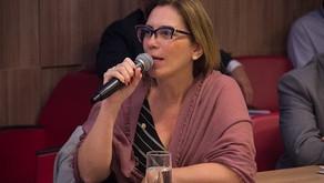 Rosana Valle quer estender a todo País direito às mulheres descerem dos ônibus à noite fora dos pont
