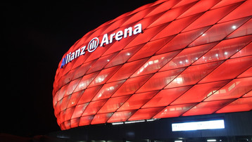 Bundesliga returns: Five Star Bayern batter Frankfurt