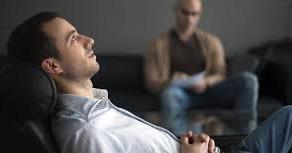 Sabia que os planos de saúde são obrigados a oferecer tratamentos psicológicos? Por Joanna Porto