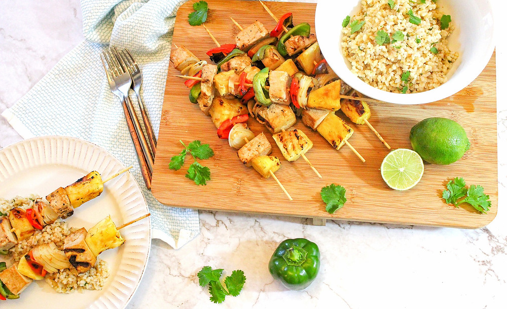 tofu pineapple green peppers onions on skewers with cilantro lime rice