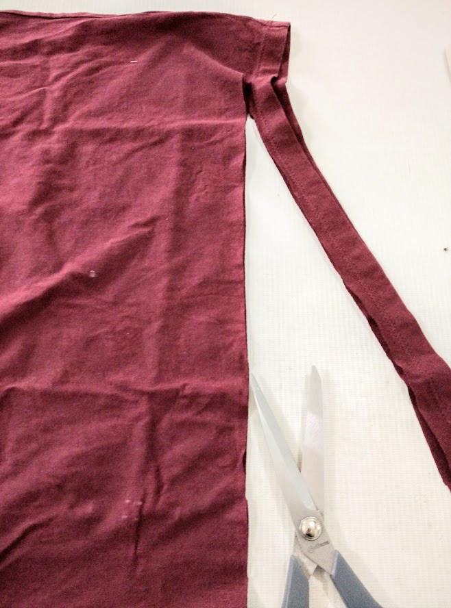 Cutting off the t shirt hem