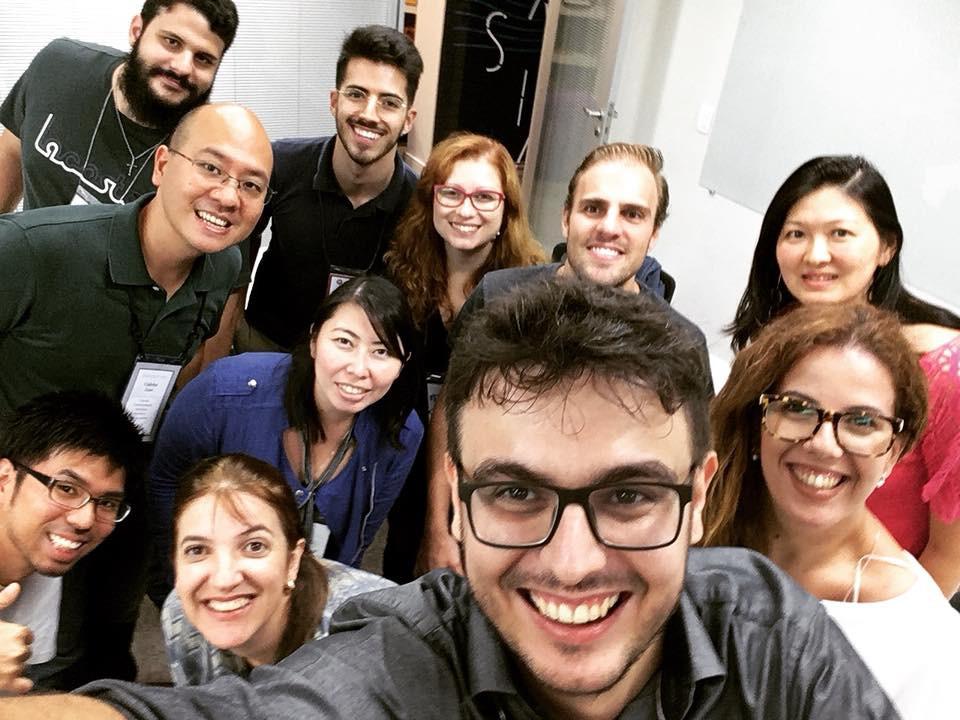 Selfie do 6° Meetup Descubra Seus Pontos Fortes SP