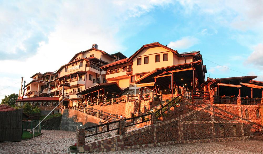 хотел Манастир, Берово денес