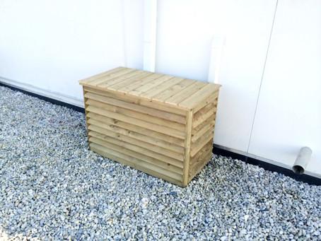 Pratique et esthétique, le cache bois pour unité extérieure