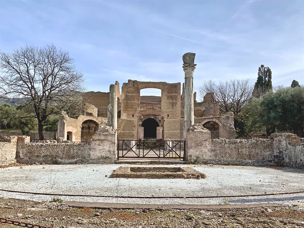 Building of the Three Exedras