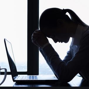 Existe uma associação entre o vício em smartphones e transtornos psiquiátricos?
